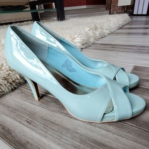 Madden Girl Graate Tiffany Blue Prep Toe Pumps
